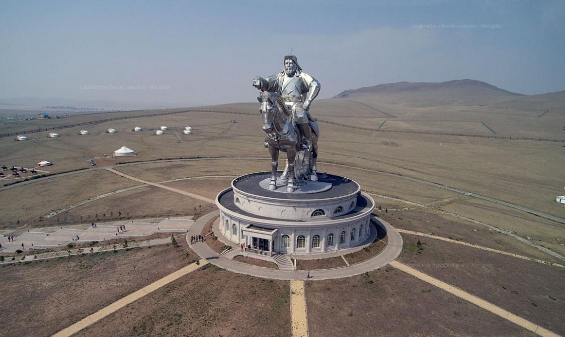 1206 г. Темучин (Чингисхан) созвал курултай и провозглашён ханом всей нации