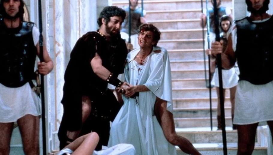 41 г. Калигула убит офицерами преторианской гвардии