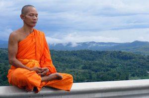 13 г. Буддисты прибыли с посольством к Цезарю Августу