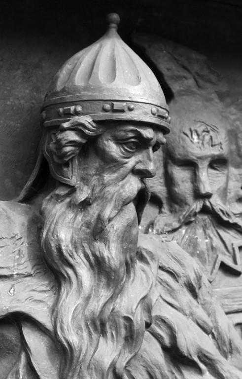 1365 г. Боброк Волынский перешел из Литвы на службу Дмитрию будущему Донскому