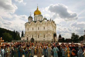 1479 г. Геронитий митрополит повел крестный ход во время освящения Успенского собора не посолонь