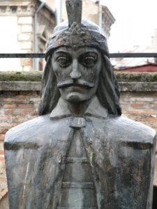1463 г. Влад III Цепеш Дракула становится жертвой информационной атаки