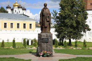 1504 г. Василий III председательствует на соборе на еретиков, которых приговорили к сожжению