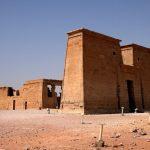 Вход в египетский храм